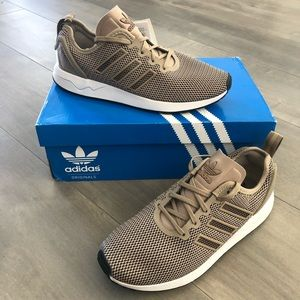 NWT Men's Adidas ZX Flux athletic shoes – Size 6 ½
